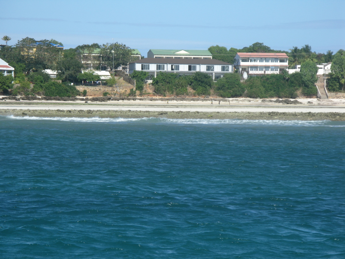 Maringanha beachfront from the sea
